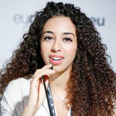 <span class='agenda-slot-speaker-name'>Sana Afouaiz</span>