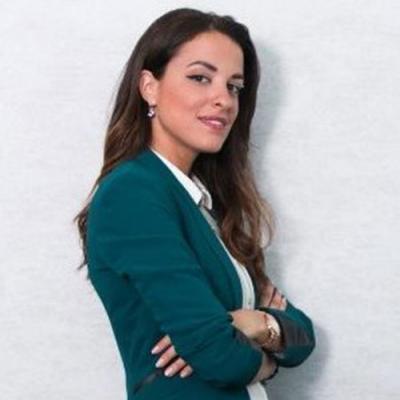 <span class='agenda-slot-speaker-name'>Stephanie Khouri</span>